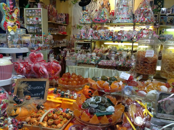 Confiserie (confectionery shop) in Nice. My dream come true!